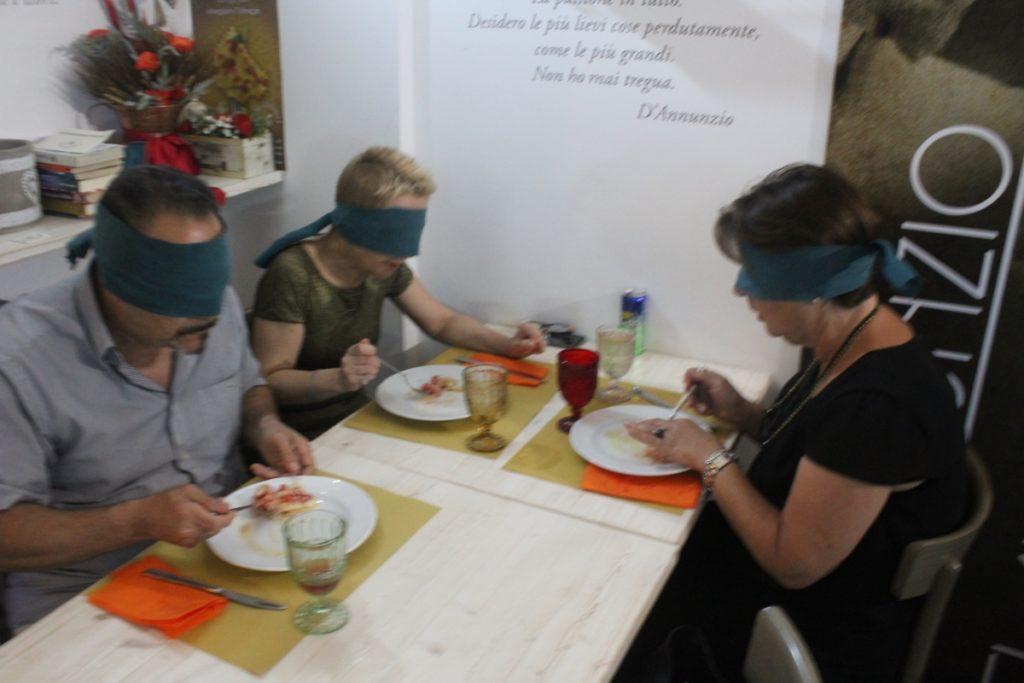 come vivere l'esperienza di una cena bio-sensoriale